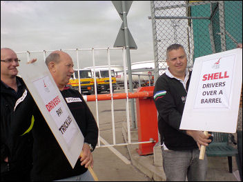 The 2008 Shell oil tanker drivers' strike was successful, photo Bob Severn