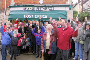 Stroud campaign saves Uplands Post Office, photo Chris Moore