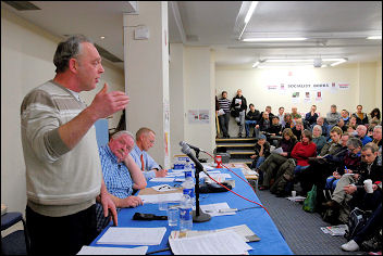 Public meeting on lessons of the Lindsey oil refinery strike with Keith Gibson (speaking) and Jerry Hicks, photo Paul Mattsson