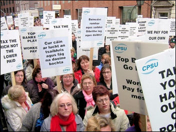 120,000 strong demonstration in Dublin last Saturday, called by the Irish Congress of Trade Unions (ICTU), photo Socialist Party Ireland