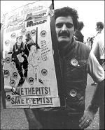 Miner lobbying the TUC during the miners' strike of 1984-85, photo by Dave Sinclair
