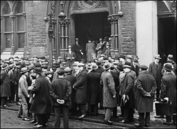 Unemployment in the UK in the 1930s, photo Wikimedia Commons.
