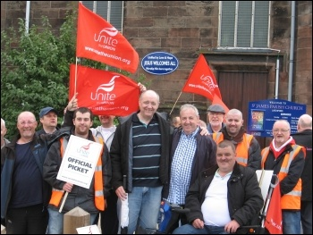 Warrrington bus drivers on strike, September 2013, photo .