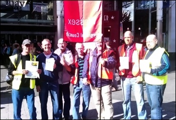 City Link workers protesting in Southampton, 5.10.13, photo Nick Chaffey