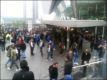 Stratford at 6.30am, tube strike, 29.4.14, photo by Helen Pattison