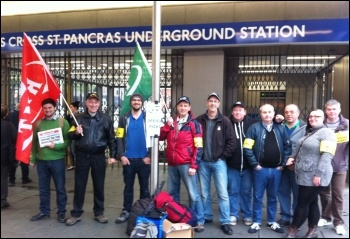 Picket line at Kings Cross, 29.4.14, photo by Paula Mitchell