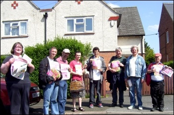 Campaigning on Sunday 18 May  in Derby for Zbigniew Wojick, TUSC candidate for Sinfin, photo Elaine Evans