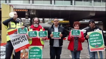 PCS picket outside Watford Jobcentre - Wednesday 15th of October 2014, photo by R Shattock