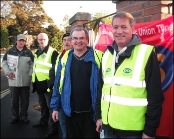 PCS picket in Newcastle, 15.10.14, photo by Elaine Brunskill
