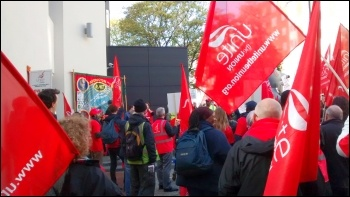 End of strike rally outside HQ, St Mungo's Broadway strike, 23.10.14, photo by Chris Newby