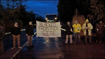 Construction workers picket the Carrington power station site, November 2014, photo by Joe McArdle