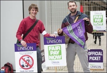A Unison picket, 10.4.14, Hackney, photo Paul Mattsson