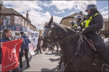Countering the EDL, Walthamstow 9.5.15, photo by Paul Mattsson