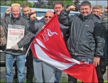 Kone strikers in Gateshead celebrate their victory, photo Elaine Brunskill