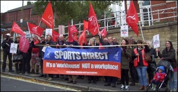 Unite members protest against Sports Direct's employment practices, 14.10.15, photo Elaine Evans