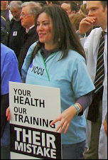 Doctors demonstrate March 2007, photo Naomi Byron