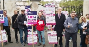 UCU strike, 25.5.16, Cardiff, photo Dave Reid