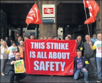 RMT picket line in Glasgow, photo Socialist Party Scotland