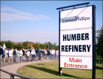 Lindsey Oil Refinery solidarity strikes: ConcoPhillips Humber refinery, photo Jim Reeves