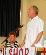 Keith Gibson addresses the National Shop Stewards Network conference 2009, photo Suzanne Beishon