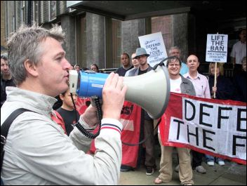Glen Kelly addresses lobby of Unison HQ to protest against banning from office of Socialist Party members, photo Alison Hill