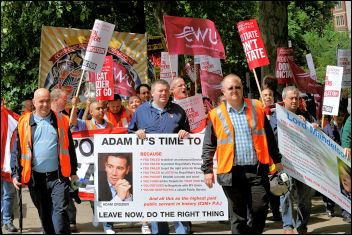 Postal workers demonstrate in London, photo by Paul Mattsson