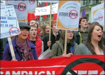 Socialist students campaigning against fees, photo Naomi Byron