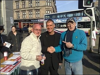 Tommy Sheridan campaigning in Saracen Street, Glasgow, photo International Socialists