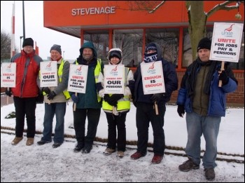 Fujitsu workers, members of Unite, on strike in Stevenage, photo by Guy Smallwood