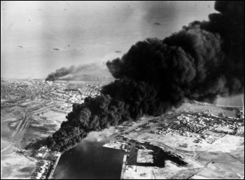 British and French bombing of the Suez canal photo Creative Commons