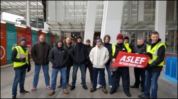 Picket line at London Bridge 13 January photo Rob Williams