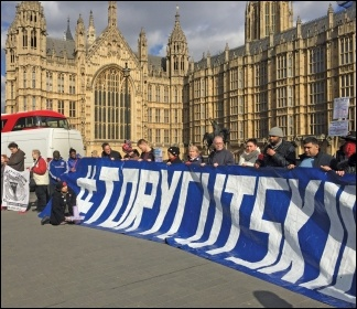 #ToryCutsKill: protesting outside parliament against the government's law change to allow more cuts to PIP disability benefits, 7.3.17, photo by Paul Callanan