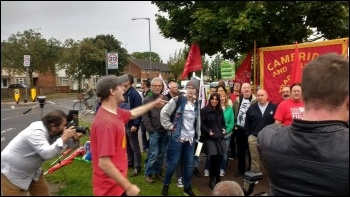 Cambridge (Newmarket Rd) McDonald's strike, 4.9.17, photo by Dave Murray