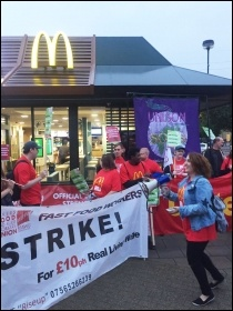 McDonald's strike picket line in Crayford, 4.9.17