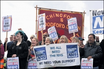 Demonstrating against the proposed closure of King George A&E in east London, 14.10.17, photo Mary Finch
