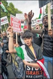 Protesting in London against the Israeli state's slaughter of Palestinians, photo by Paul Mattsson
