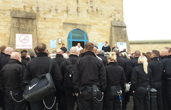 POA members at HMP Leeds participating in a national walk out on Health & Safety issues, 14.9.18, photo Iain Dalton