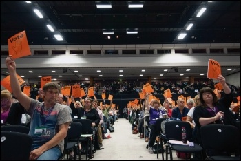 Unison union delegates voting, photo Paul Mattsson