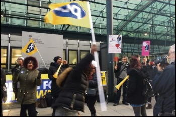 PCS members on strike at BEIS, photo Helen Pattison