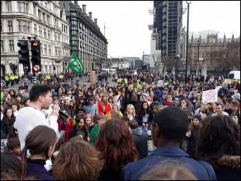 Theo Sharieff, organiser of Socialist Students, addressing hundreds of climate change protesters, 15 March, photo Scott Jones