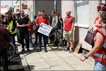 Protesters gather outside Irene's house in Liverpool to prevent eviction, 4.7.19, photo by Roger Bannister