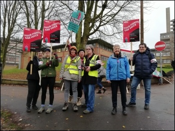 Leicester, UCU strike 25.11.19, photo Tessa Warrington