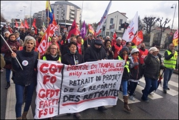 France pensions strike, local demonstration in Noisy-le-Grand, 17.1.2020, photos James Ivens