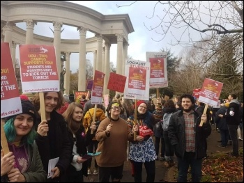 Cardiff Socialist Students supporting UCU strikers