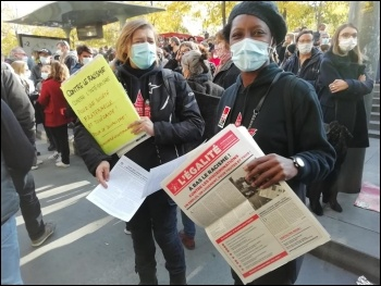 Gauche Revolutionnaire members on the protest
