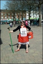 'Clean up the dirty big business politicians' - Walthamstow Socialist Party , photo S. Kimmerle