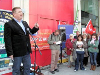 Newport Demo to save the Passport Office: Alex Gordon, RMT President, addressing rally, photo Socialist Party Wales
