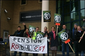 NUJ journalists at BBC South in Southampton on strike, photo by Southampton Socialist Party