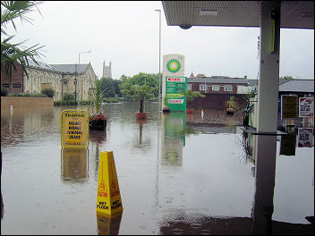 Flooding in Gloucester, photo Chris Moore