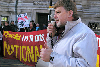 Coventry Councillor Dave Nellist on NHS demonstration 1st November 2006, photo Paul Mattsson